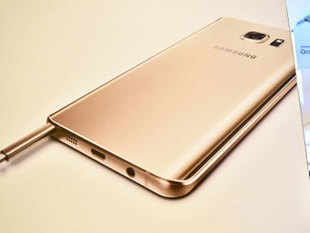 Samsung's market share in the smartphones segment in India went up from 35.1 per cent to 45.9 per cent during 2015, a company official said.