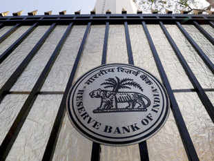 Reserve Bank appealed to the income tax assesses to pay dues in advance of the due date as well use alternate channels of authorised banks to avoid the rush during end of March.