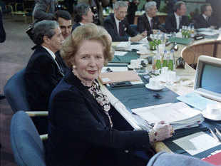 Documents declassified by the National Archives in London yesterday disclose considerable fear within the Margaret Thatcher Cabinet that India may reverse its purchase plan.