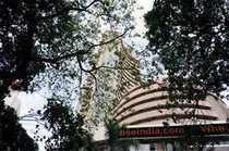 Hotel stocks that hit 52-week high  Top five Sensex cos give over 100% return  Why realty is good investment Key to maximising returns