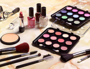 Attention, ladies! Avoid cosmetics during pregnancy
