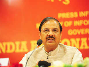Airline inducting 20 planes is a serious operator  :   Mahesh Sharma, Minister of state for civil aviation, India
