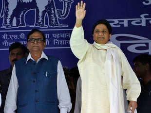 Narendra Modi may trigger war with Pakistan to hide failures: Mayawati