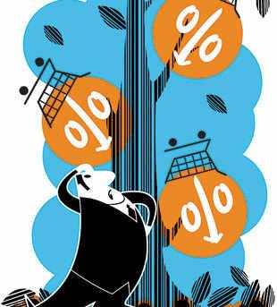 Tata and Birla take on  e-commerce players with Tatacliq and Abof - Economic Times