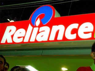 Reliance retail fashion portal  Ajio's head Sanjay Mehra quits - Economic Times