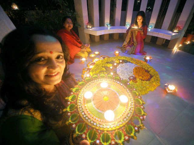 The countdown begins! Get decked up to celebrate Dussera & Diwali