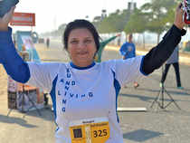 Swadia, an active runner with 12+ half marathons, is also a certified rally car driver.