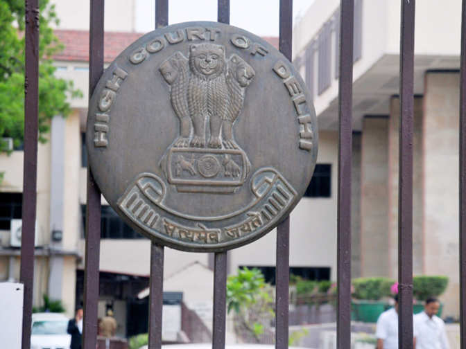 Cap on cash withdrawal: HC dismisses plea to recall its order
