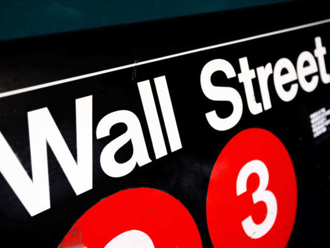 Wall St opens with few changes after light trading