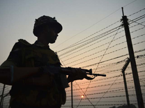 Pak releases Indian soldier who had inadvertently crossed LoC last year