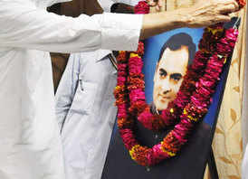 Rajiv Gandhi kept a hydrogen bomb ready for Pak: CIA