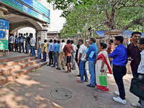 Immediately after the demonetisation announcement, ATM replenishment rates plummeted as RBI struggled to print new notes fast enough.