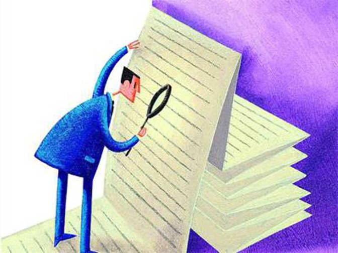 How can a nominee sell mutual fund investments?