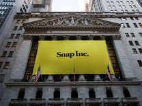 26-year-old Snapchat CEO Evan Spiegel is worth $4.49 billion