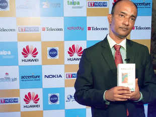 Shubhajit Sen said that the handset maker is in talks with telecom operators regarding collaboration for these devices.