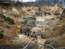 The head of the Venezuelan Mining Chamber, Luis Rojas, estimates that 90 percent of the gold produced in the South American nation comes from illegal mines.