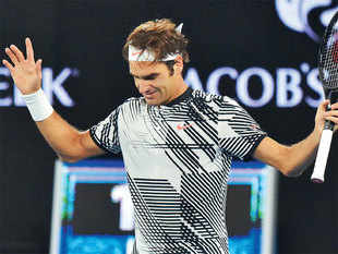 Roger Federer revealed that his team had targeted a return to the top 8 by the end of Wimbledon in July.