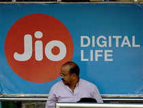 Jio released statistics for March 3 that revealed 4.8%, 3.1% and 1.2% voice calls from Jio had failed on Bharti Airtel, Idea Cellular and Vodafone India networks, respectively.