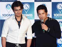 Titled 'Sachin's Cricketwali Beat', the song is composed by Shamir Tandon. It features Tendulkar and singer Sonu Nigam's vocals.