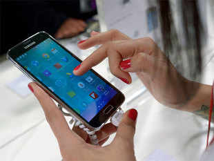 Govt looks to achieve 500 million mobile phones target by 2019 under Make in India.