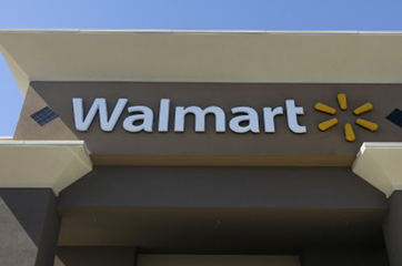 Wal-Mart looks at online presence, Amazon considers offline stores
