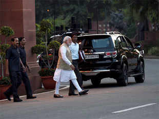 The BJP top brass, including union ministers Rajnath Singh, Nitin Gadkari, Sushma Swaraj and other senior leaders, will also attend the meeting