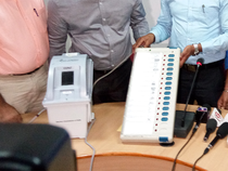 The petitioners had sought directions to the Delhi SEC and the Election Commission of India to use VVPAT enabled Generation 2 or 3 EVMs in the MCD polls.