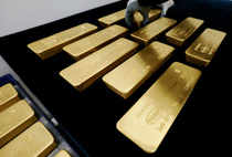 Gold prices rose due to  political turmoil in the United States and reexpectations for an aggressive string of interest rate hikes by the US Fed.