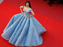 The 43-year-old actress wore a powder-blue brocade ball gown by Michael Cinco.