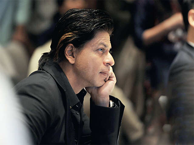 A Self Made Star This Is How Shah Rukh Khan Earns And Spends The Money The Economic Times