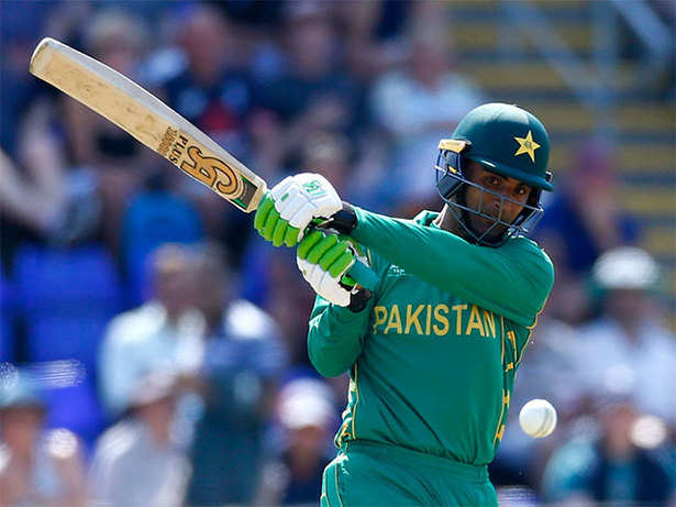 Pakistan thrash England to reach CT final for 1st time