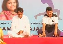 Devendra Fadnavis and Suresh Prabhu perform Yoga