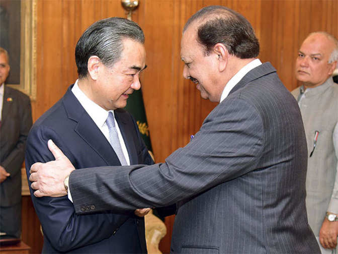 China asks Pakistan, Afghanistan to meet halfway to improve ties