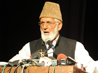 Seven separatists, including Syed Ali Shah Geelani's son-in-law, sent to NIA custody