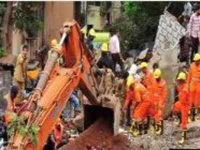 Mumbai: Death toll in Ghatkopar building collapse rises to 17, Shiv Sena leader detained