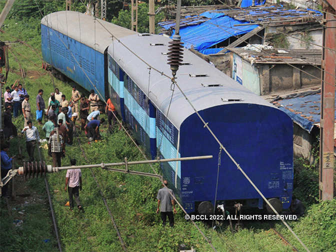 A look at why so many train accidents occur in our country - Economic Times