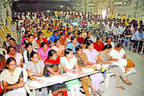 Ameerpet houses hundreds of IT institutes and over one lakh students