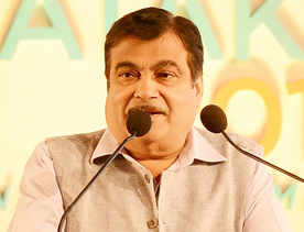 Amphibious plane on Ganga soon: Gadkari