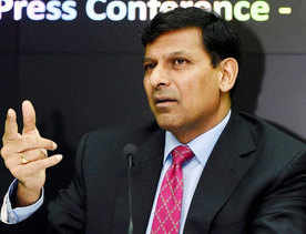 Govt to appoint an economist to succeed Rajan?
