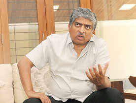 Nilekani invests in ecommerce startup 10i