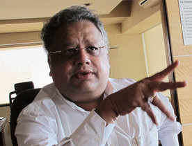 Rakesh Jhunjhunwala puts Aurobindo MD to test