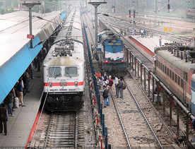 Modi govt set to end SAIL's monopoly in rail tracks