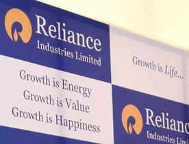Sebi bans RIL, 12 others from equity derivative mkt