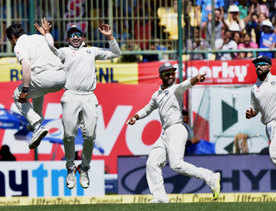 Final Test: Bowlers put India on course for victory