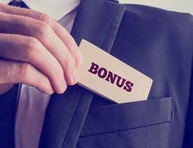 Sluggish growth is eating into IT CEOs' bonuses
