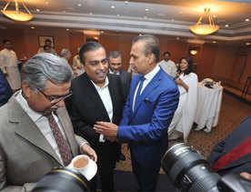 Ambani saga: Mukesh's dream giving Anil nightmares