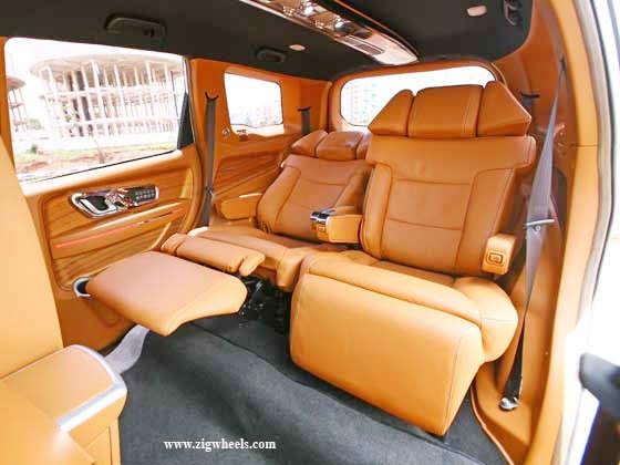 Mahindra XUV500 DC Lounge