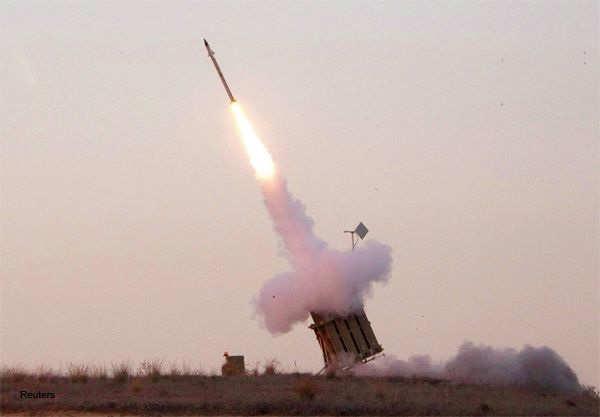An Iron Dome launcher fires an interceptor rocket near the southern town of Sderot November 15, 2012.