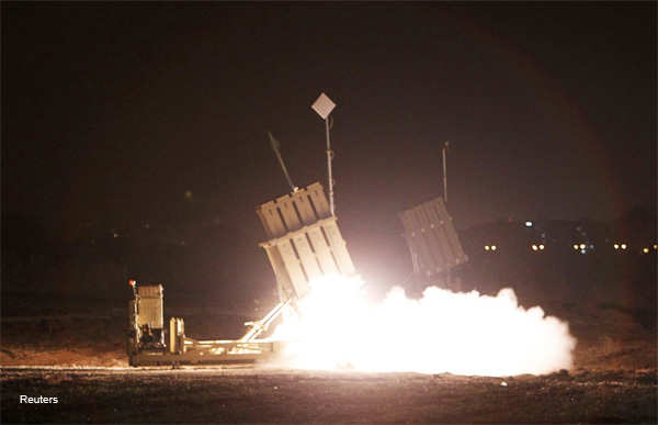 An Iron Dome launcher fires an interceptor rocket in the southern city of Ashdod, about an hour after a ceasefire between Israel and Hamas went into effect, November 21, 2012.