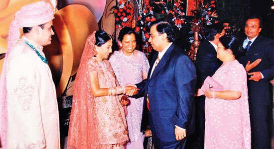 Videocon Group Chairman Venugopal Dhoot's son Aniruddh married Pooja, daughter of Arvind Poddar of Siyaram Silk Mills.